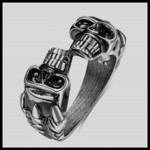 Jewelry - Double Skull Band in Silver Tone Size 8